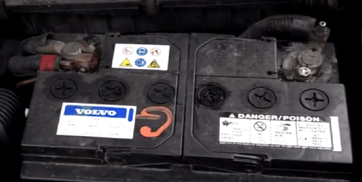 Is Trickle charger bad for car battery