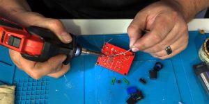 Cordless soldering iron